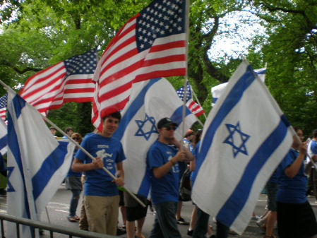 is-parade2011-95
