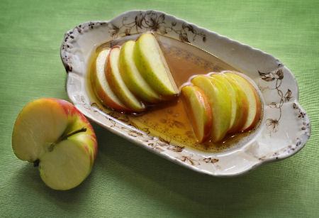 apple-s-and-honey